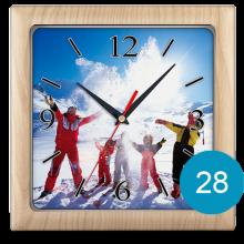 Часы с фото в пластиковом корпусе 28