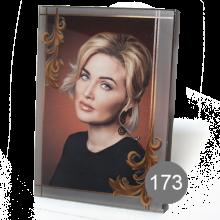 прямоугольный портрет на стекле с орнаментом 173